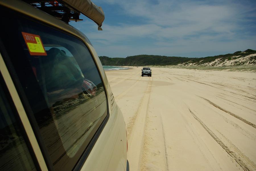 beach-driving-lighhouse-beach-seal-rocks