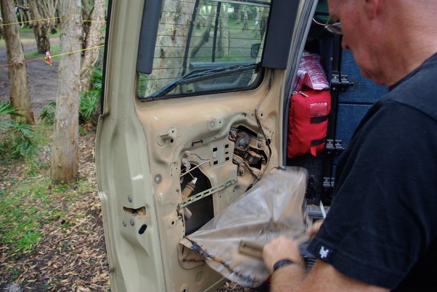 fixing-back-door-landcruiser