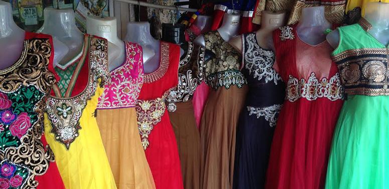 punjabi-women-dress-india