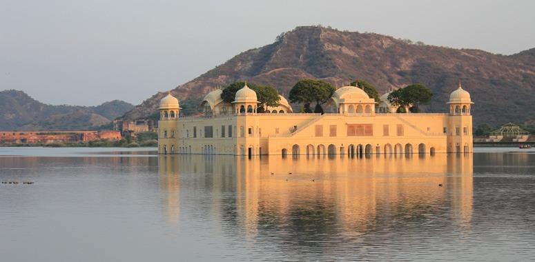 jal-mahal-rajasthan-palace-india